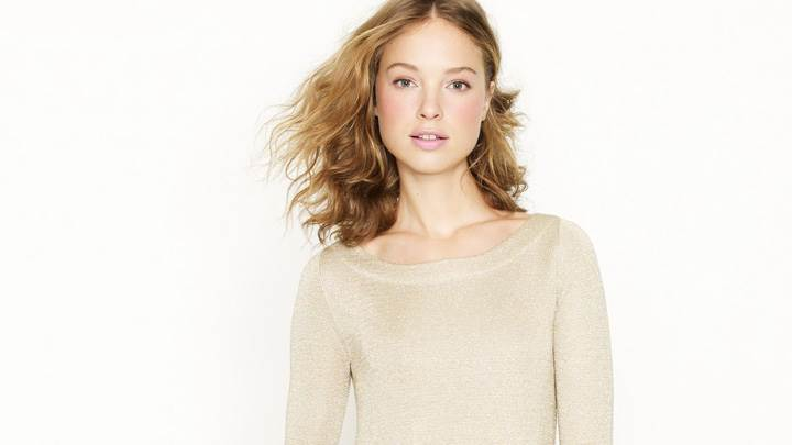 Heloise Guerin In Cream Top At JC Crew Photoshoot